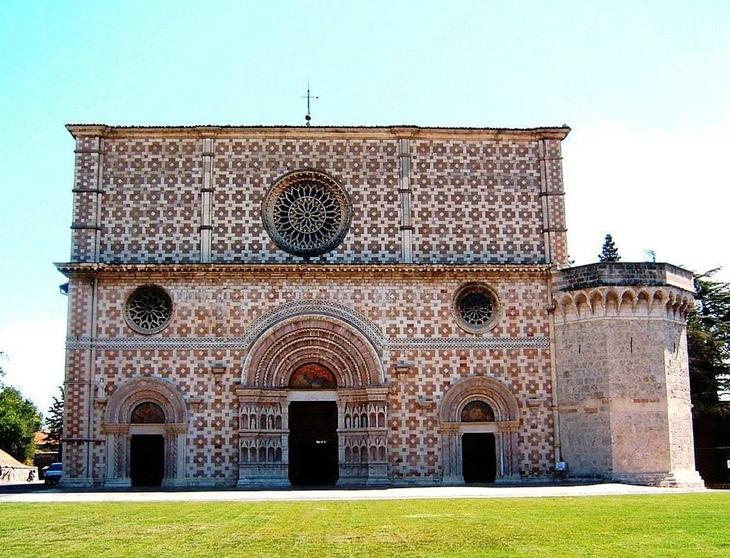 BasilicaCollemaggiol'Aquila