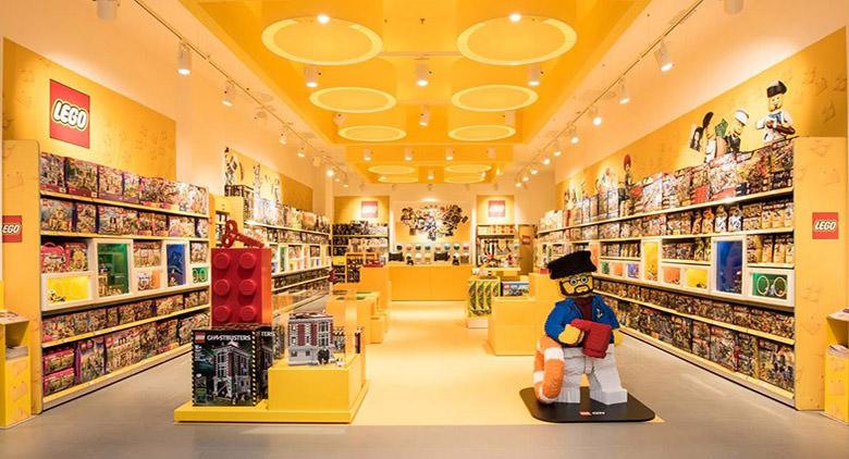 Inaugurato in campania il primo lego store del sud for Centro commerciale campania negozi arredamento