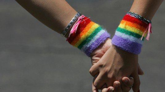 Cecenia, campi di rieducazione per gay, centinaia di persone arrestate e torturate