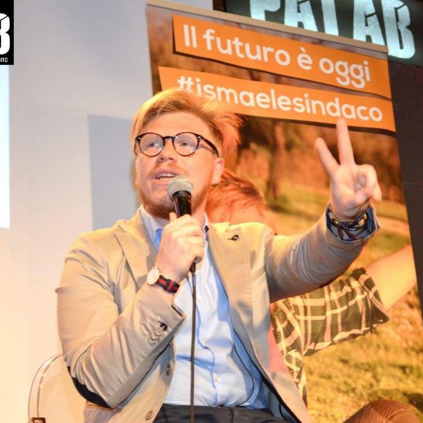 La Vardera: Benigno, spero esca video