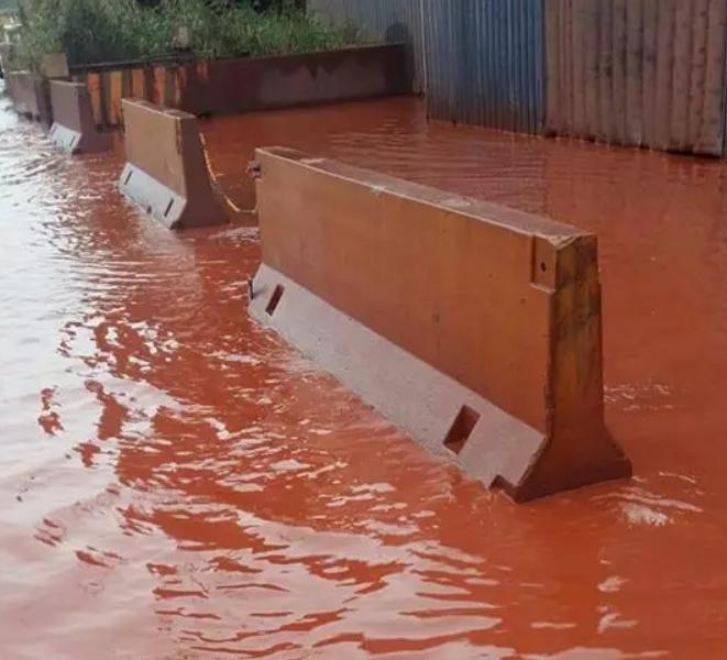 Ilva e acqua rossa