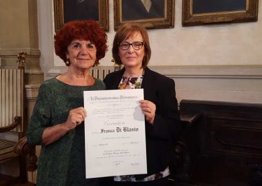 Onorificenza del Ministero per la professoressa Franca Di Blasio