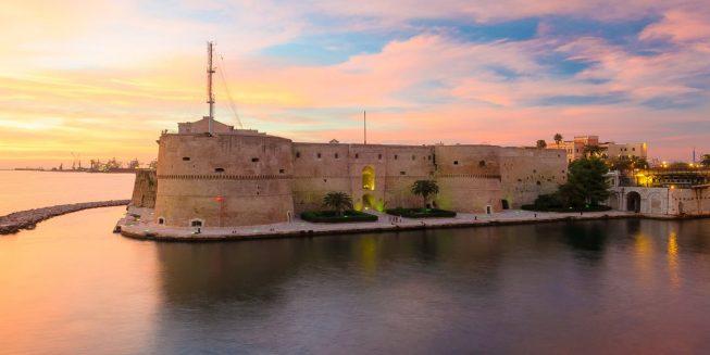 Una immagine della città di Taranto, che ospita un laboratorio sul paesaggio