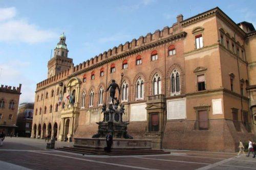 Nati in Capitanata a Bologna